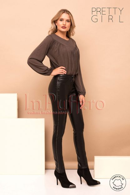 Pantaloni Pretty Girl negri din piele ecologica cu capse metalice