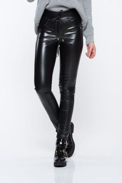 Pantaloni Ocassion negri casual din piele ecologica cu talie medie cu buzunare